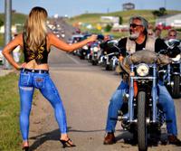 Статья: БОДИАРТ ДЖИНСЫ НАРИСОВАННЫЕ НА ТЕЛЕ. Бодиарт джинсы – джинсы нарисованные художниками на теле модели для создания образа рекламируемых изделий становятся нормой сегодняшнего дня. Эротичные...